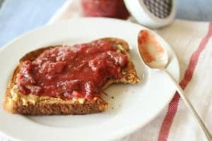 rhubarb strawberry ginger jam